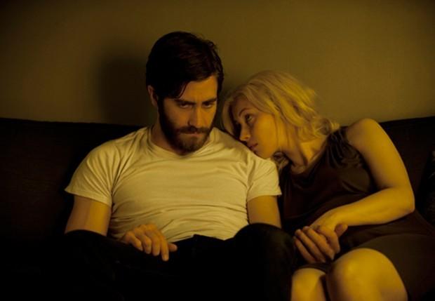 Enemy: Jake Gyllenhaal e Sarah Gadon in un momento intimo