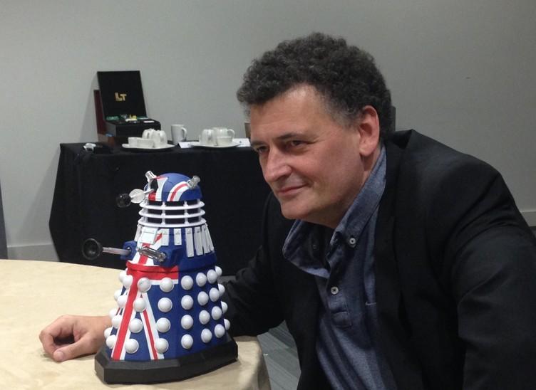 Un entusiasta Steven Moffat alla Doctor Who Official 50th Celebration