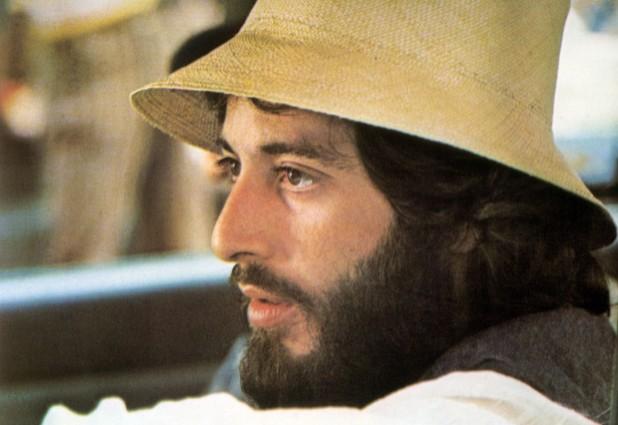 Al Pacino in una scena del film Serpico (1973)