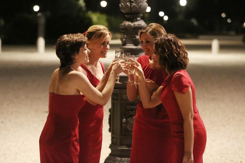 Il Natale della mamma imperfetta: Lucia Mascino, Anna Ferzetti, Vanessa Compagnucci e Alessia Barela in una scena