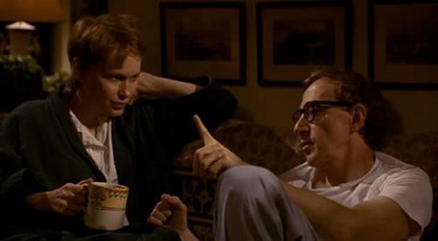 Mia Farrow e Woody Allen in una scena di Mariti e mogli