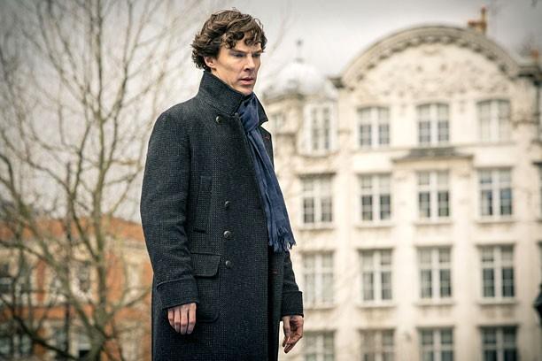 Sherlock: Benedict Cumberbatch in un'immagine della terza stagione della serie