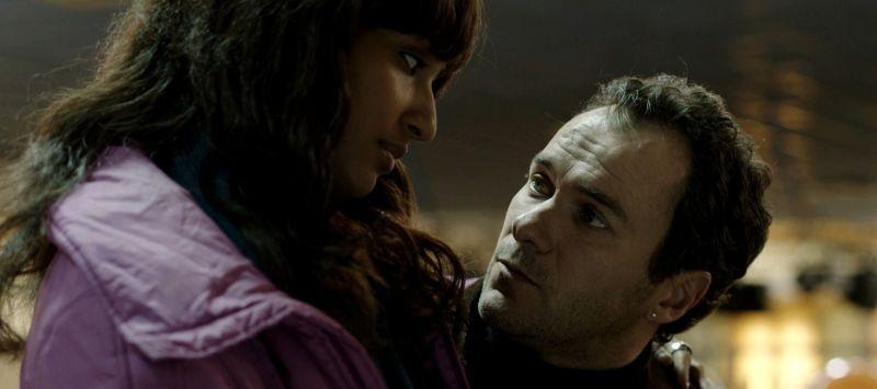 Neve: Esther Elisha in una scena del film con Massimiliano Gallo