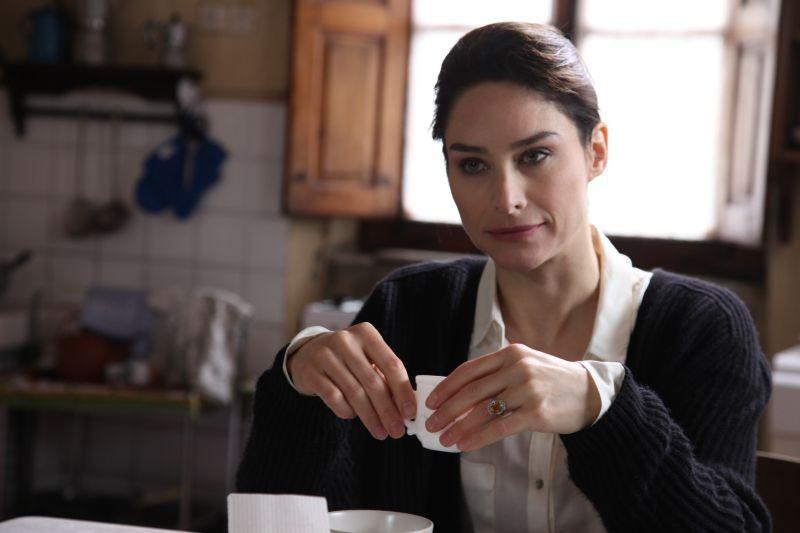 Neverlake: Joy Allison Tanner in una scena del film