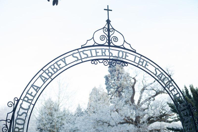 Philomena: l'entrata del convento 'incriminato' al centro della storia