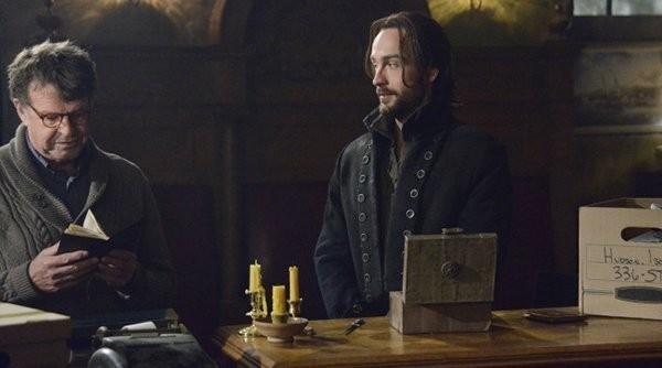 Tom Mison e John Noble in Sleepy Hollow, episodio The Golem