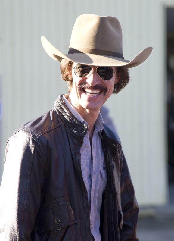 Dallas Buyers Club: Matthew McConaughey sorride in un'immagine promozionale