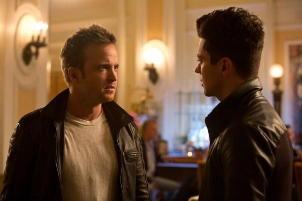 Need for Speed: Dominic Cooper e Aaron Paul si confrontano