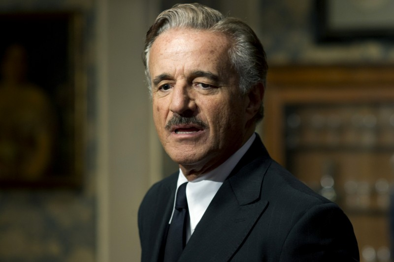 Un matrimonio: Christian De Sica nella fiction