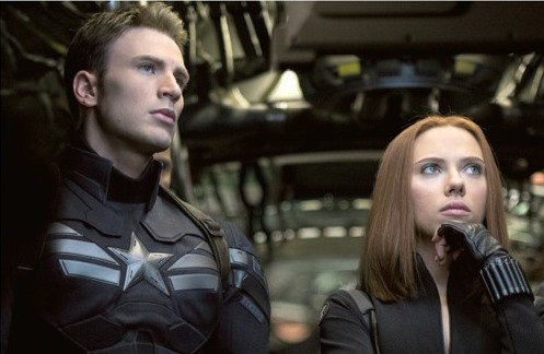 Captain America: The Winter Soldier - Scarlett Johansson e Chris Evans insieme