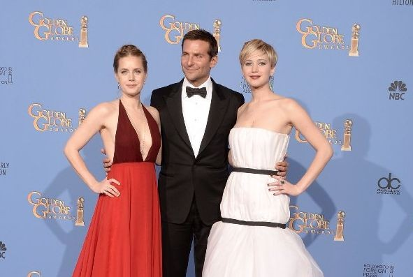 Le star di America Hustle Amy Adams, Bradley Cooper e Jennifer Lawrence ai Golden Globes 2014