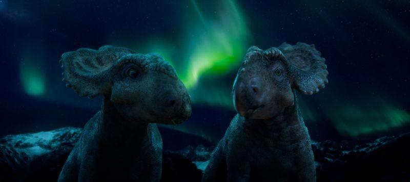 A spasso con i dinosauri: una scena notturna del film