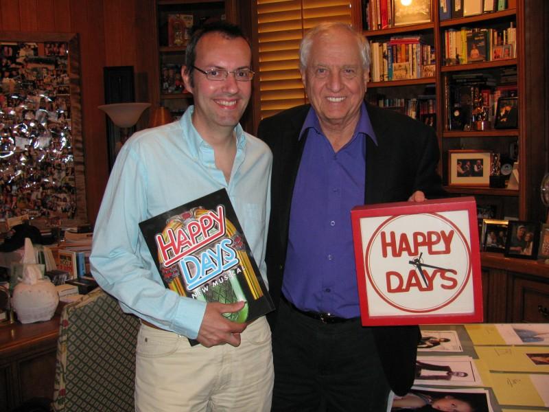 Happy Days: il presidente del fan club, Giuseppe Ganelli, nell'ufficio di Garry Marshall nel 2010