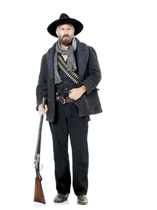 Hatfields & McCoys: Kevin Costner in una foto promozionale