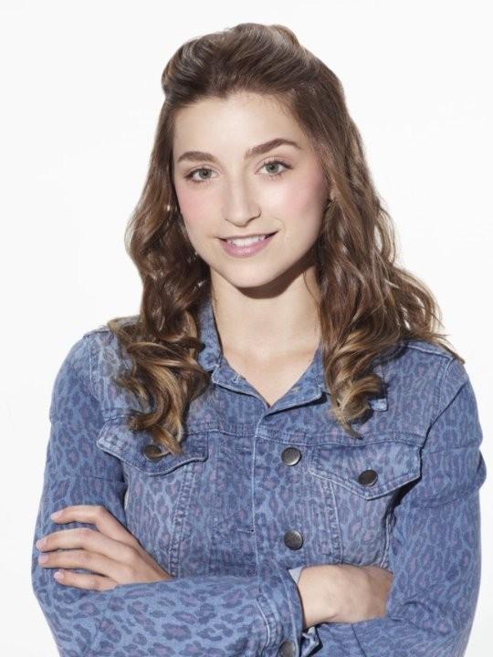 Growing Up Fisher: Ava Deluca-Verley in una foto promozionale della serie