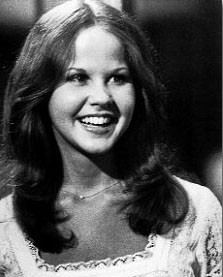Linda Blair, sorridente e giovanissima