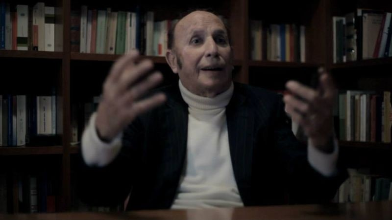 Solving: Francesco Alberoni, giornalista e sociologo, in una scena del documentario