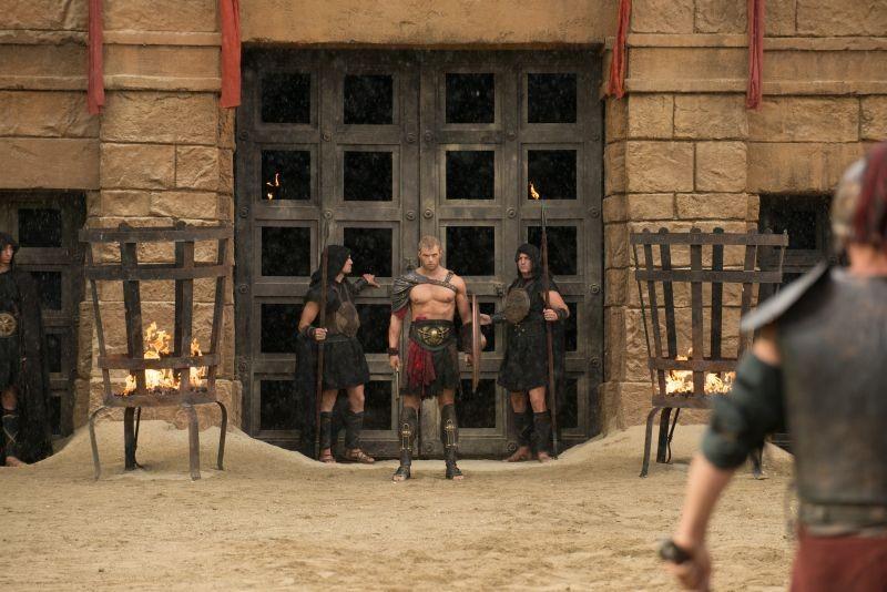 Hercules: La leggenda ha inizio, Kellan Lutz in una suggestiva scena del film