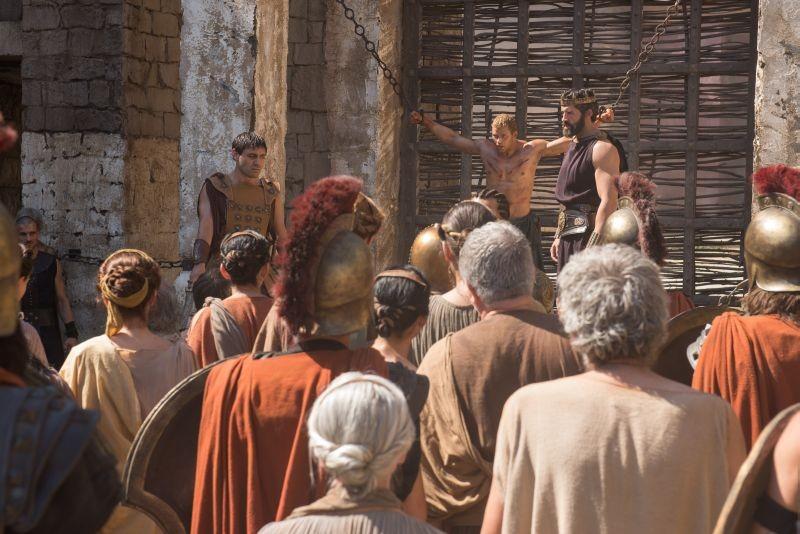 Hercules: La leggenda ha inizio, Liam Garrigan (Ificle) condanna a morte Ercole in una scena del film