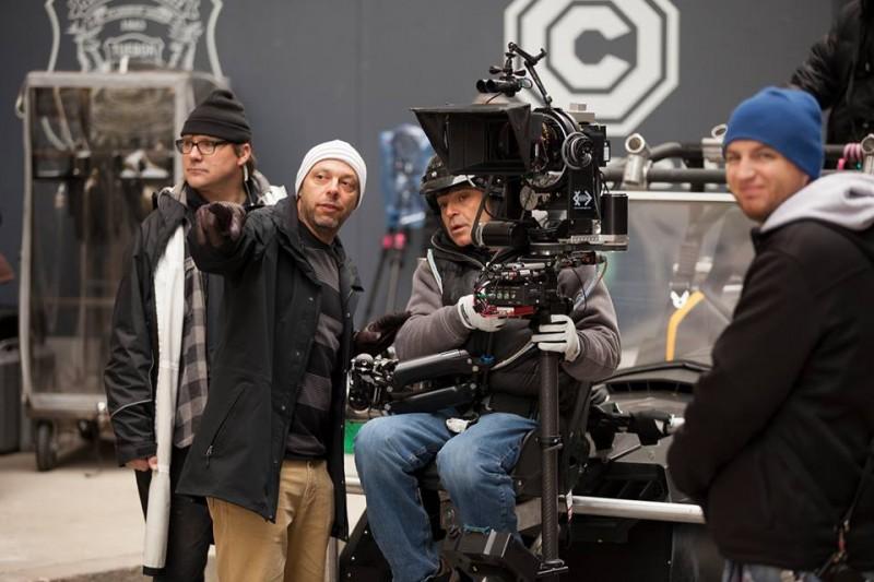 RoboCop: il regista José Padilha in un'immagine dal set
