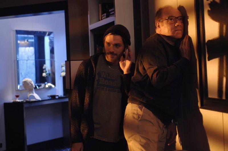 Sotto una buona stella: Carlo Verdone e Lorenzo Richelmy in una scena