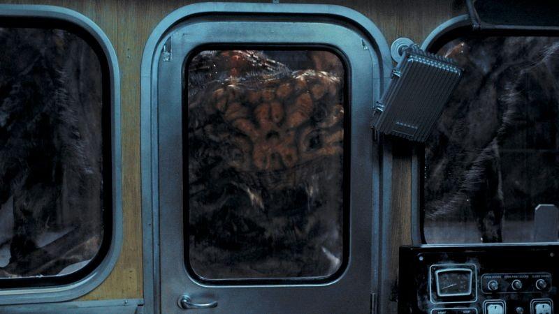 Spiders 3D: ragni giganti alieni all'attacco della metropolitana