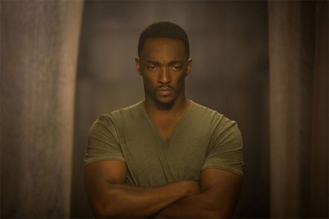 Captain America: The Winter Soldier: un preoccupato Anthony Mackie