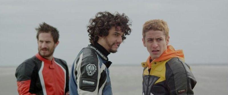 Praia do Futuro: Clemens Schick, Wagner Moura e Jesuita Barbosa in una scena del film