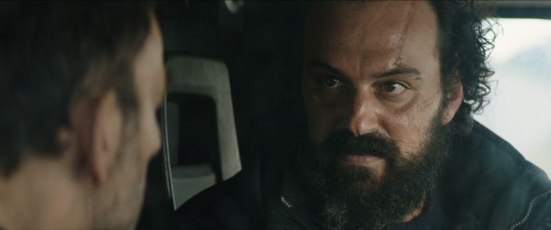 Stratos: Vangelis Mourikis in una scena del film con John Voulgarakis