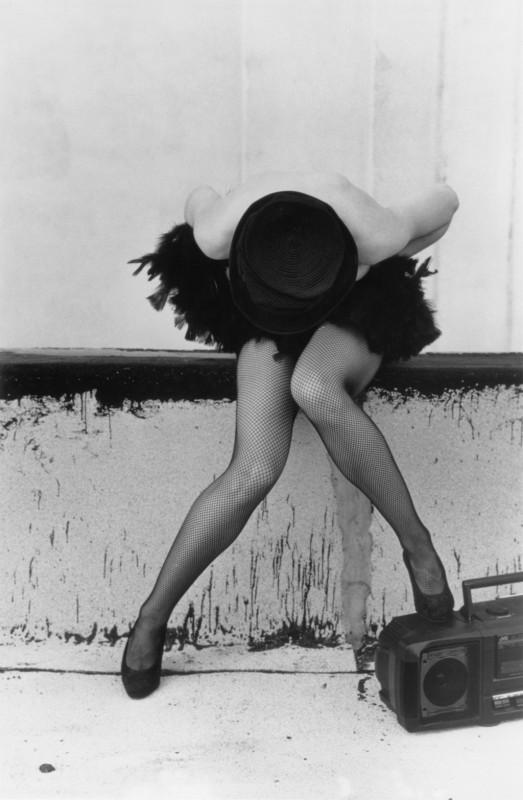 Madonna in una immagine promo per The Immaculate Collection
