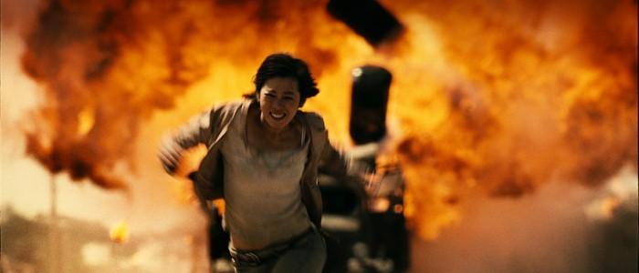 No Man's Land: Nan Yu in una scena del film in fuga