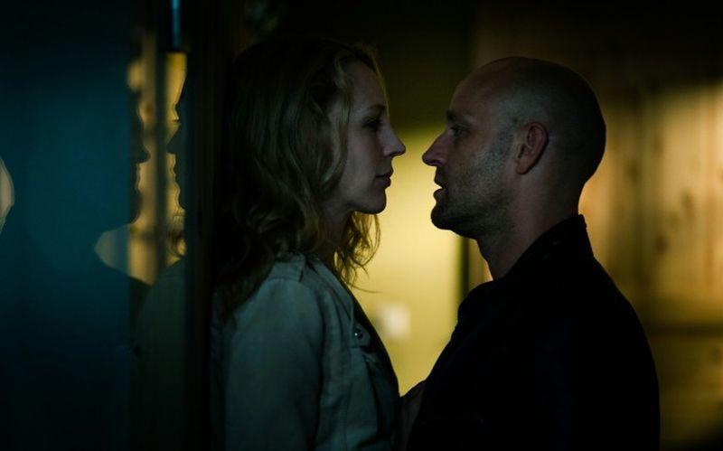 Stereo: Jürgen Vogel con Petra Schmidt-Schaller in una scena del film