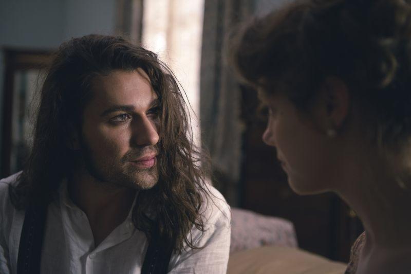 Il violinista del diavolo: David Garrett e Andrea Deck in una scena del film