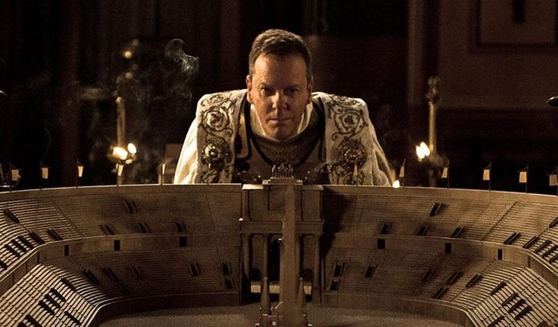 Pompei: Kiefer Sutherland nei panni del Senatore Corvus