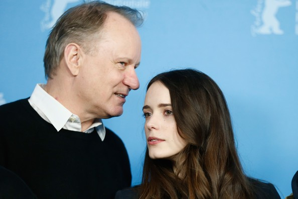 The Nymphomaniac part 1: Stacy Martin a Berlino 2014 con Stellan Skarsgaard