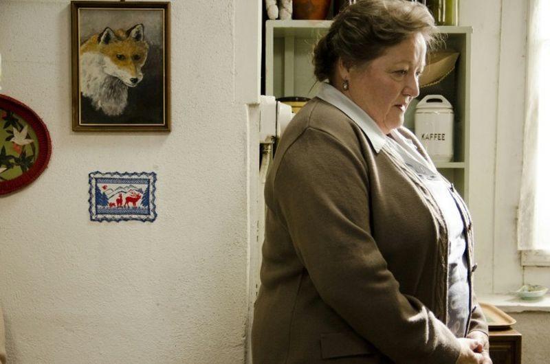 Der Kreis: Marianne Sägebrecht in una scena del film