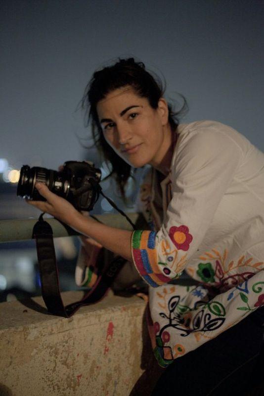 The Square: la regista Jehane Noujaim sul set del documentario