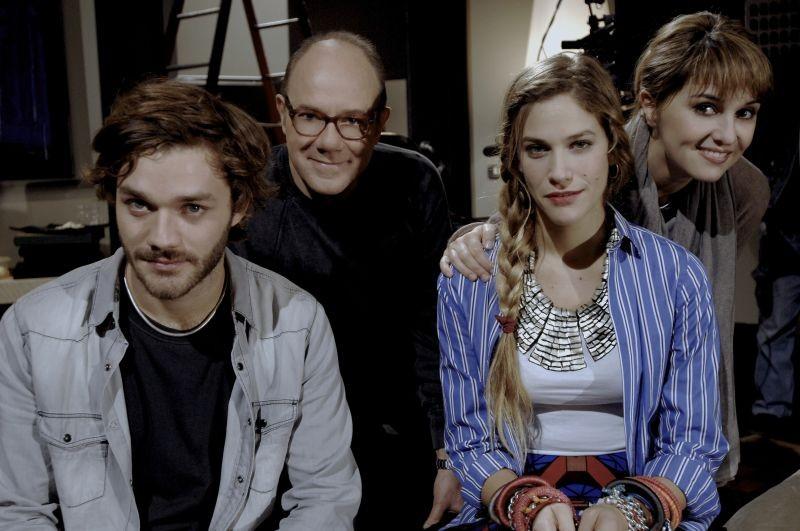 Sotto una buona stella: Tea Falco, Paola Cortellesi, Carlo Verdone e Lorenzo Richelmy in una foto promozionale