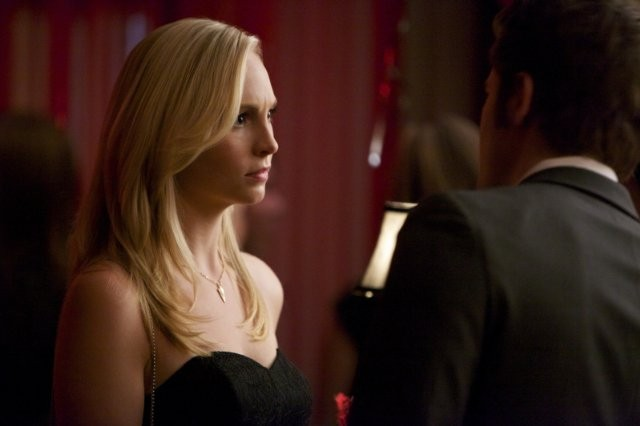 The Vampire Diaries: Paul Wesley e Candice Accola nell'episodio Total Eclipse of the Heart