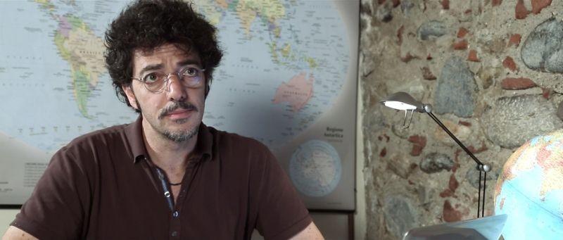 12 12 12: Max Gazzè in una scena del film di fantascienza italiano diretto da Massimo Morini