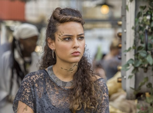 Star-Crossed: Chelsea Gilligan nell'episodio Our Toil Shall Strive to Mend