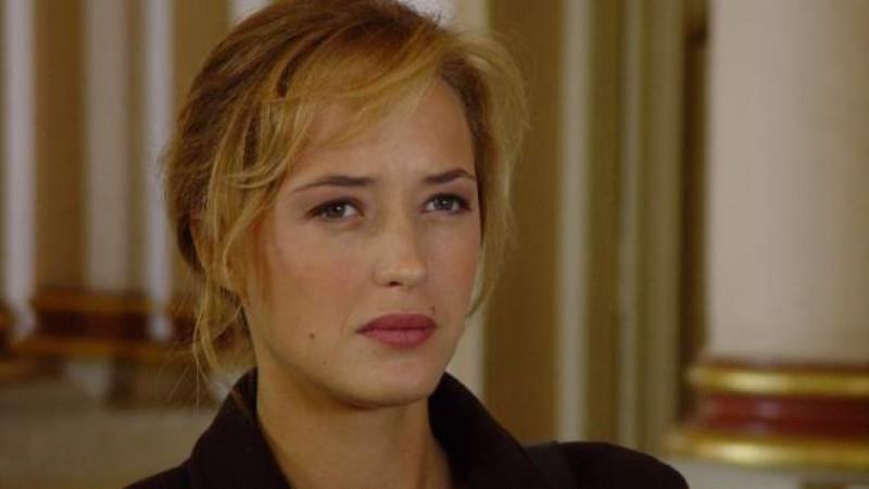 Helene de Fougerolles (Lisa Weber) in 'Tutta la verita su mio marito' (2003)
