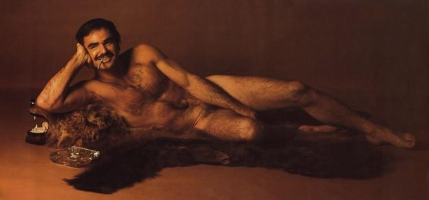 Burt Reynolds in una celebre foto di nudo