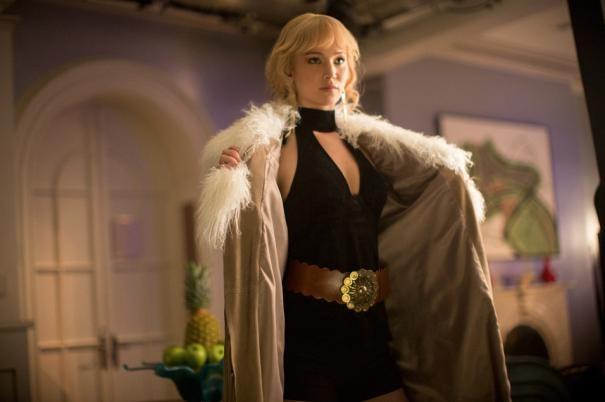 X-Men: Giorni di un futuro passato: Jennifer Lawrence apre il cappotto
