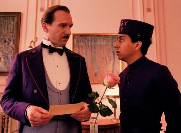 The Grand Budapest Hotel: Ralph Fiennes e Tony Revolori insieme in scena