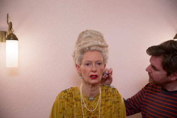 The Grand Budapest Hotel: Tilda Swinton al trucco