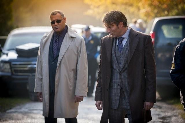Hannibal: Laurence Fishburne e Mads Mikkelsen in una scena dell'episodio Kaiseki