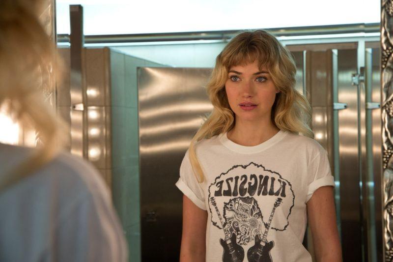 Need for speed: Imogen Poots nei panni di Julia Maddon in una scena del film