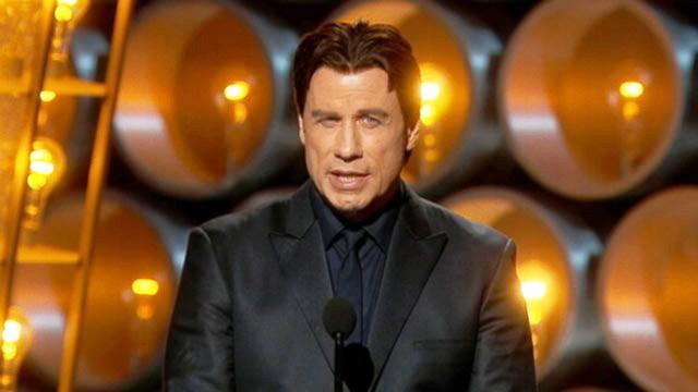 John Travolta sul palco degli Oscar 2014