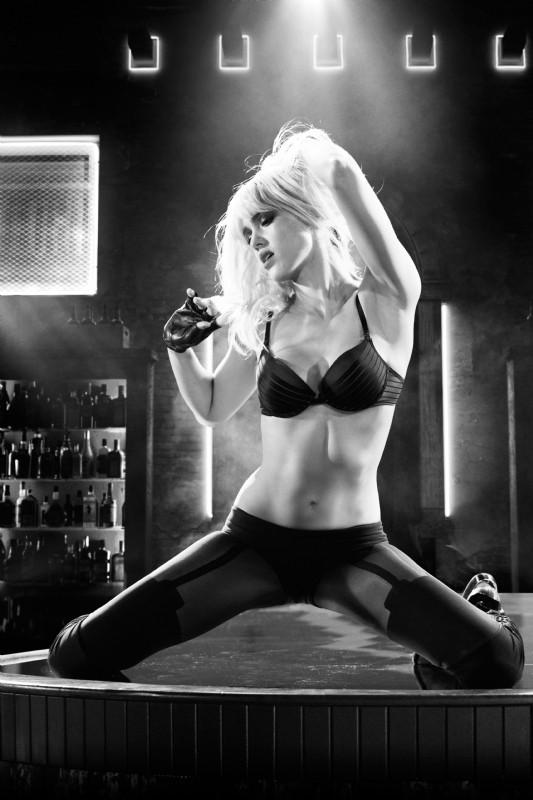 Sin City - Una donna per cui uccidere: una sensuale immagine di Jessica Alba